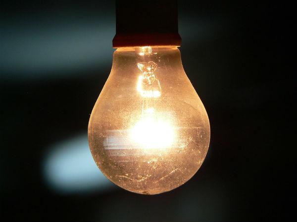 ほんの一手間で!照明ランプがオシャレになる!100均活用術