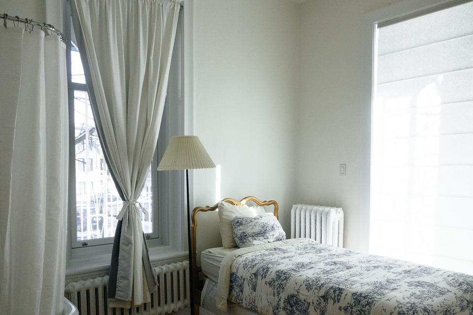 部屋を広く見せる家具レイアウトとおすすめ家具