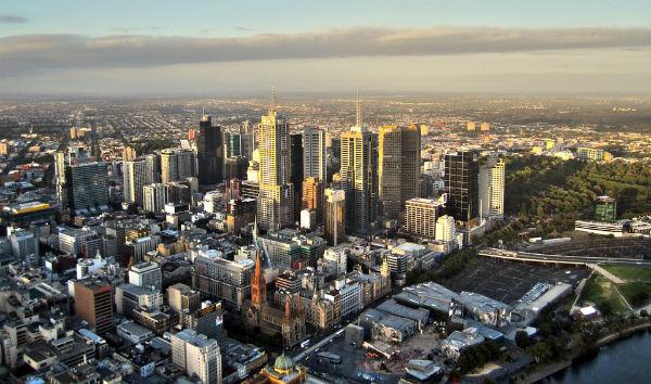 近い将来、3軒に1軒が空き家に?増え続ける都市部の空き家事情