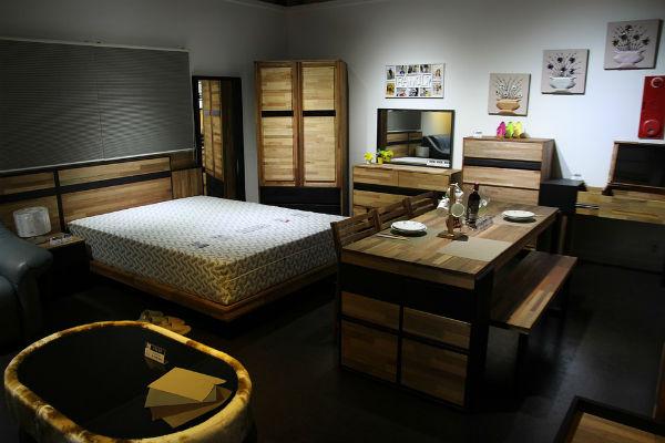 モデルルーム展示品の家具を安く買った体験談