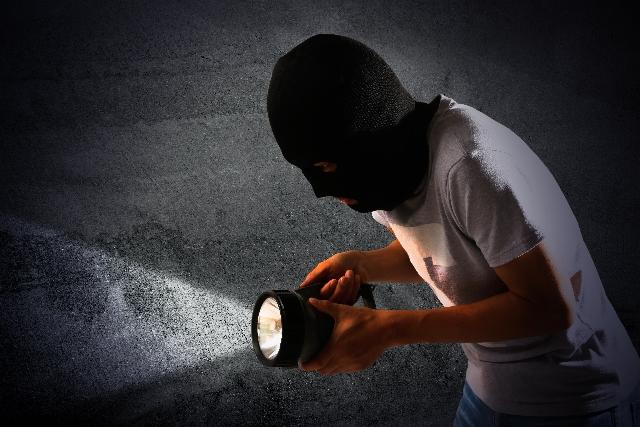 大事な家には確かな防犯対策を。狙われにくい家作り。