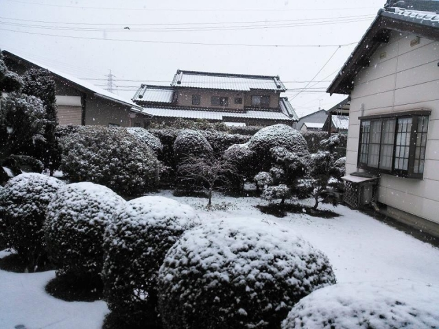 福井の冬もこれで安心!エクステリアでも雪対策。