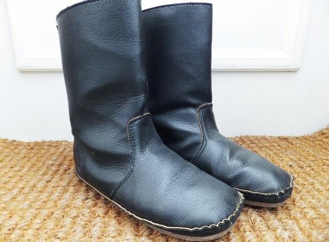 ムレやすい冬だからこそ、靴の除菌を